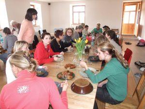 Kameničky - kazuistické dny UP Pardubice - obědváme